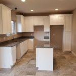 LE 132 kitchen