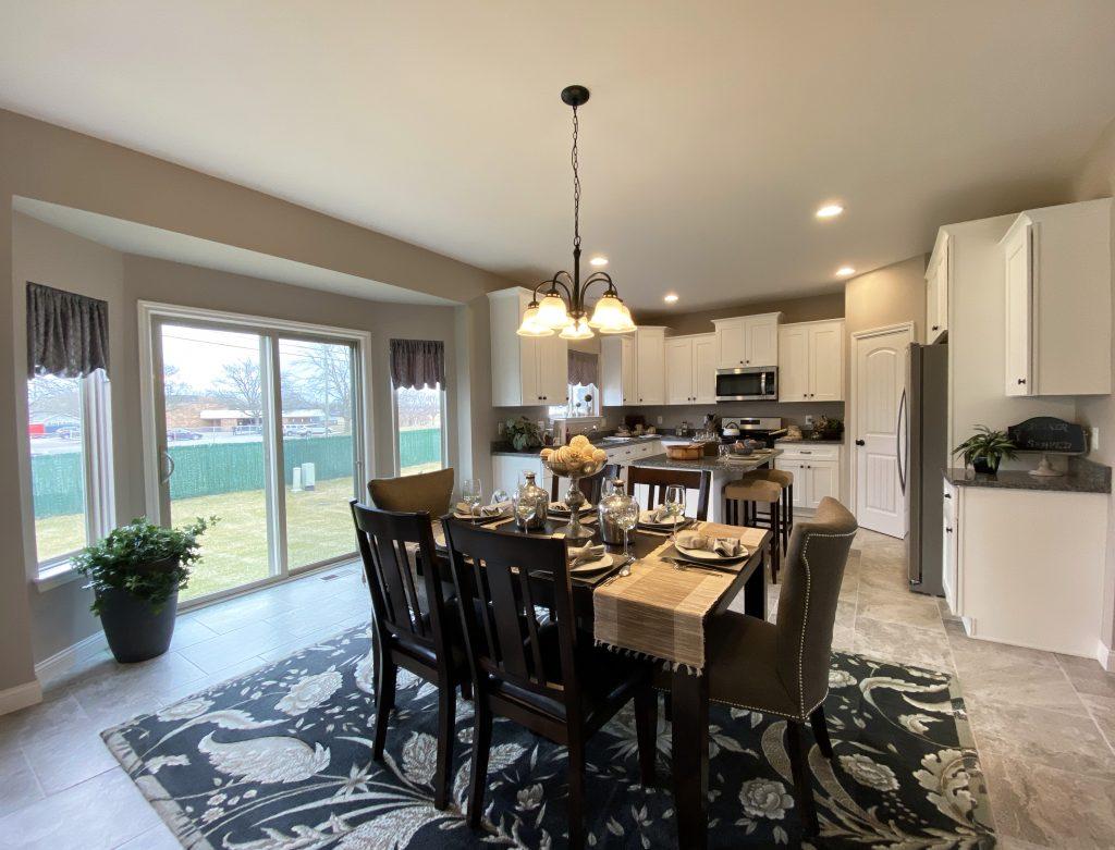 2450 Decorated Kitchen
